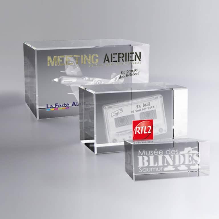 Boite cadeau trophée bloc verre 7 cm personnalisé