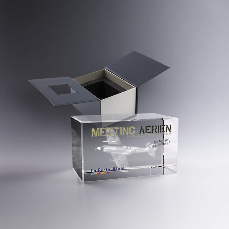 Trophée Bloc Verre Horizontal 9 Cm Gravé 3D Et Ou Marquage Couleur