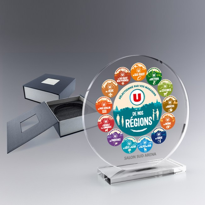 trophée personnalisé rond, trophée en verre, trophée à graver ou couleur sur socle