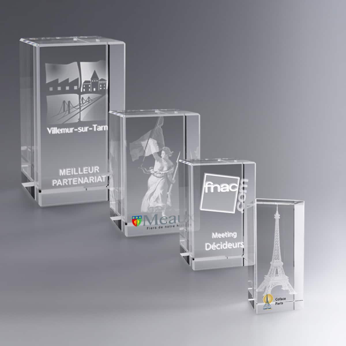 Trophées en verre à personnaliser, goodies collection