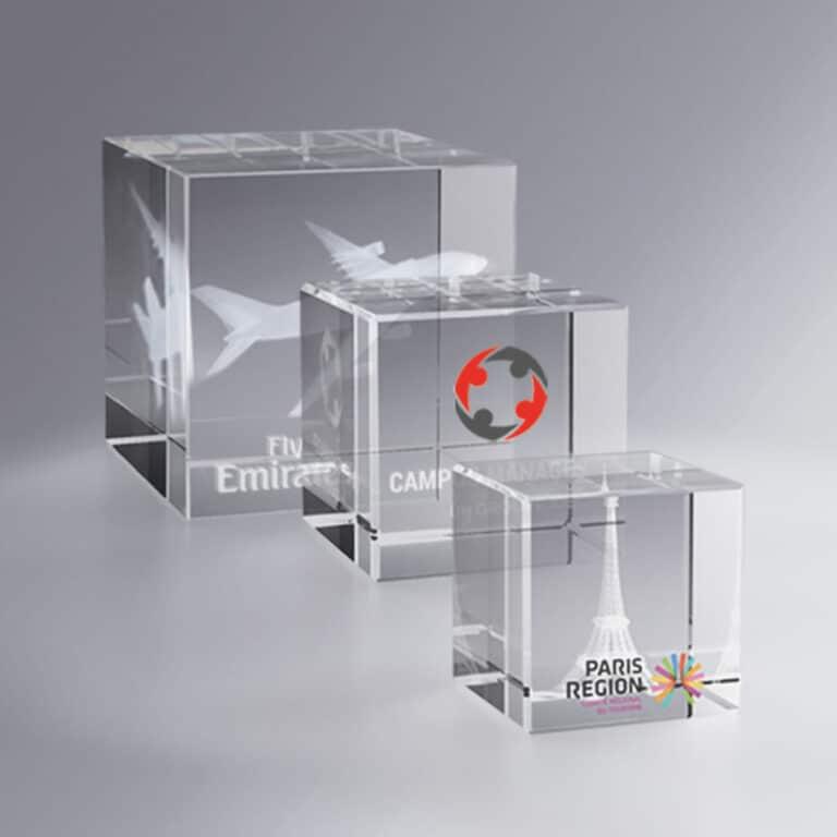 Cube en verre presse papier personnalisation logo