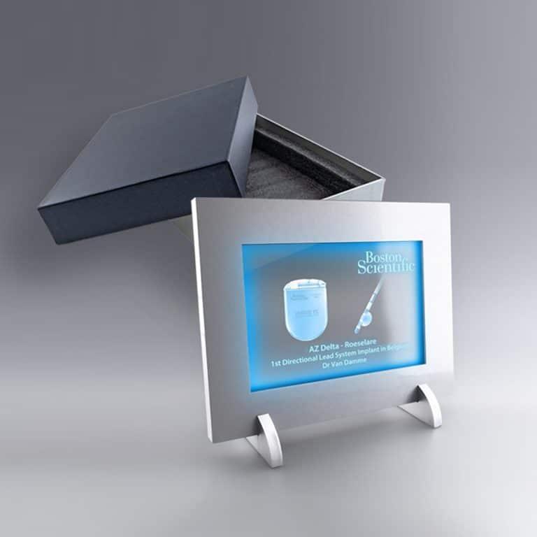 Cadeau Trophée Cadre Lumineux avec votre logo