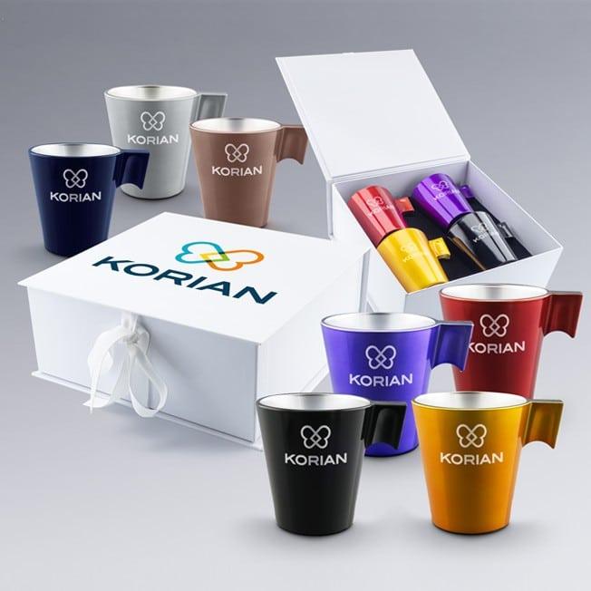 Coffret cadeau à personnaliser 4 mugs en verre, cadeau logo