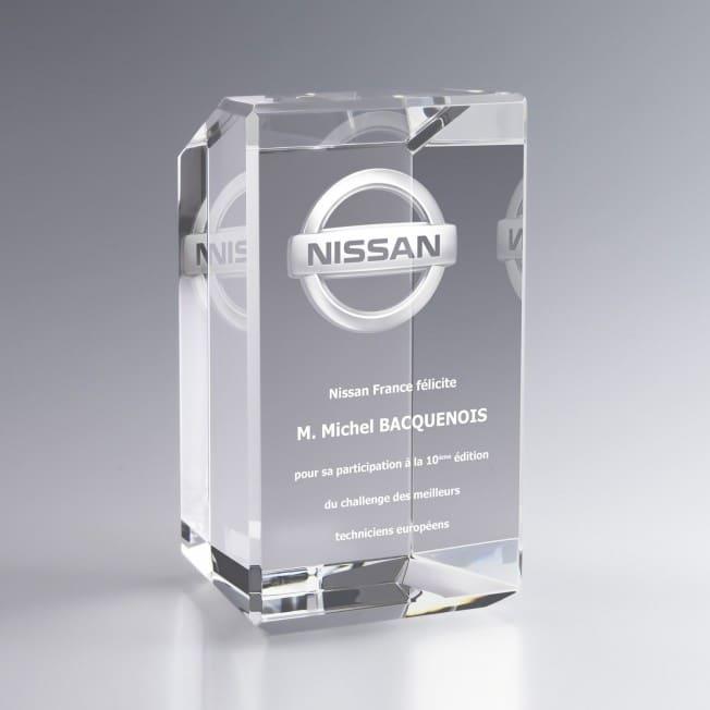 Grand Trophée en Verre Optique à Facettes Personnalisé Gravure 3D