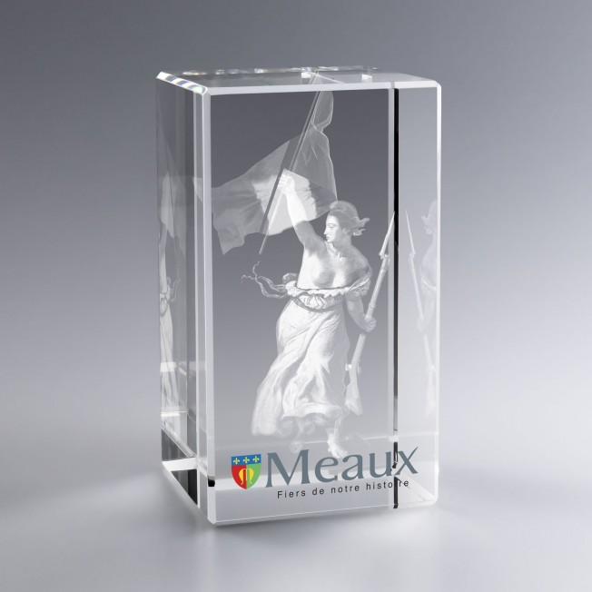 Trophée en verre 3d, verre optique